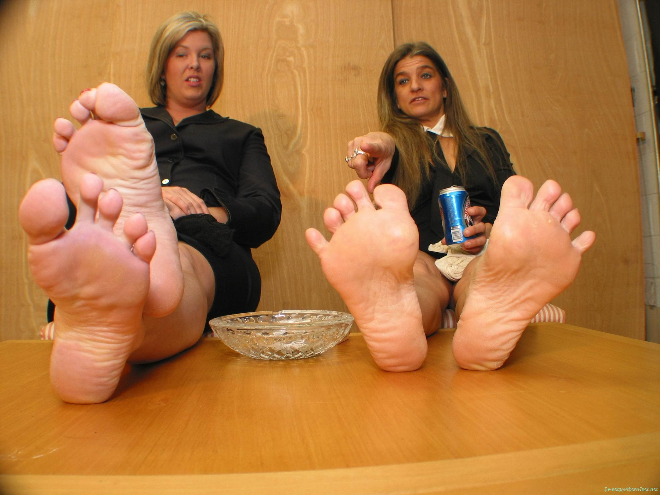 Mature feet sites